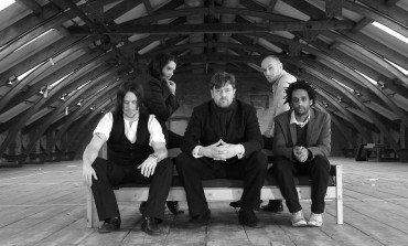 Elbow Share New Track and Video for Glimmering 'Six Words'