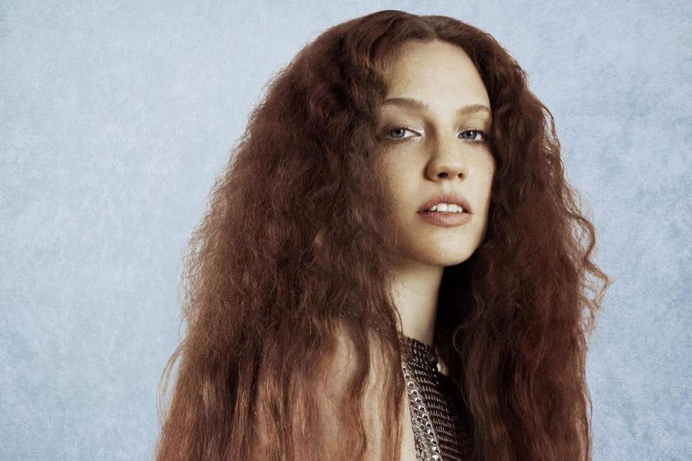 Jess Glynne Teams up with Forest Live