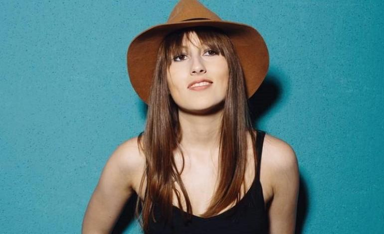 Amy Lawton Drops New Single 'Don't Bring Louise'
