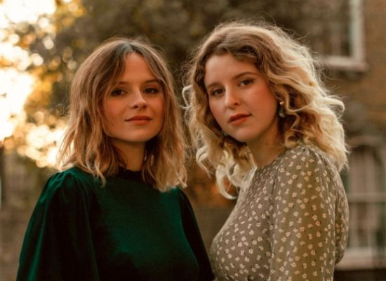 Gabrielle Aplin Releases new Christmas EP with Hannah Grace After Dropping new Track 'My Mistake'