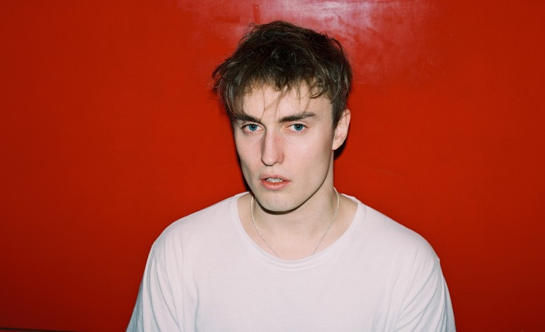 Sam Fender Unveils 'The Borders' Single Ahead of Debut Album Release
