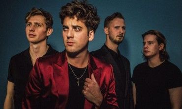 Circa Waves Premiere Brand New Festive Song, 'Miss Christmas'