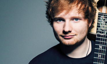 Ed Sheeran Recreates Dance from 'Friends' with Courtney Cox