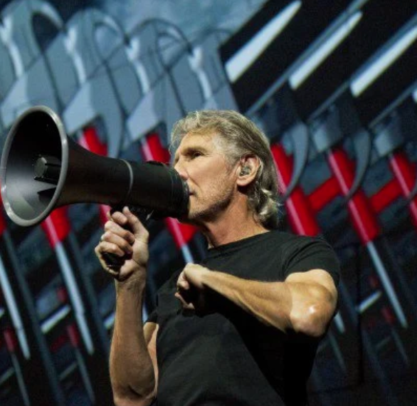 Roger Waters Gives Socially Distanced Performance of Deep Cuts from 'The Wall'