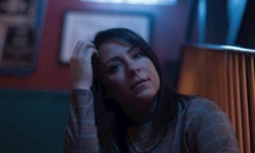 Lucy Spraggan Announces Album Delay and Releases New Song 'Flowers'