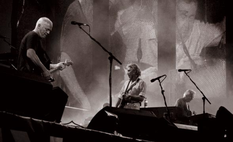 Pink Floyd to Reissue their 1988 Live Album, 'Delicate Sound of Thunder' in November