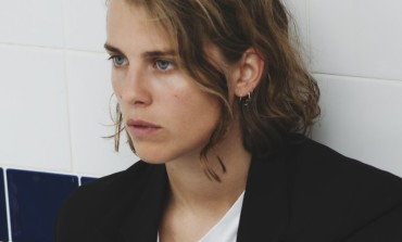 Marika Hackman Announces New Album, 'Covers', and Shares Version of Grimes' 'Realiti'
